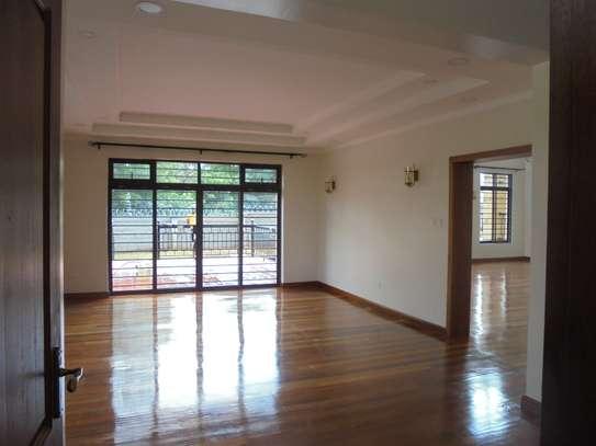 6 bedroom house for rent in Runda image 6