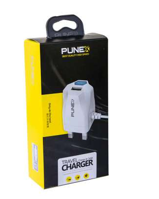 Smartphone multi charger