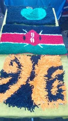 Handmade shaggy rugs and flowers image 3
