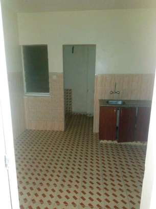 3 bedroom apartment available to let in Kilimani image 2