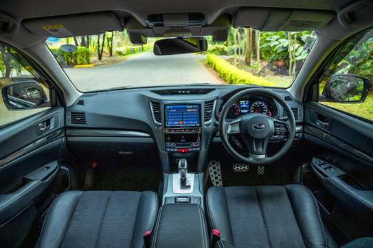 Subaru Outback image 9