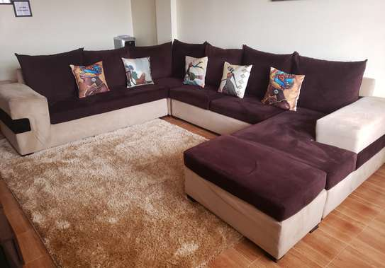 U shaped 8seater sofa image 1
