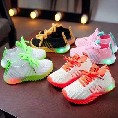Kids sneakers image 2