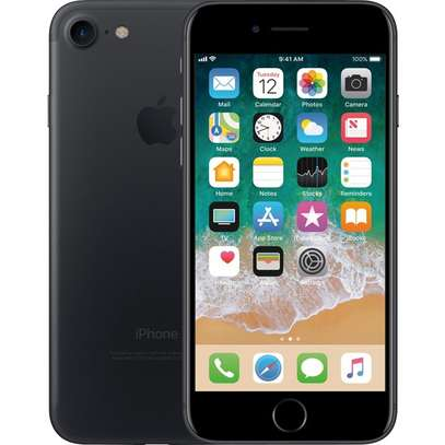 Apple iPhone 7 32GB image 1