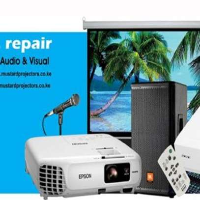 PROJECTOR HIRE,PA HIRE,TV SCREENS HIRE ETC image 4