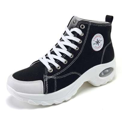 Converse sneakers image 8