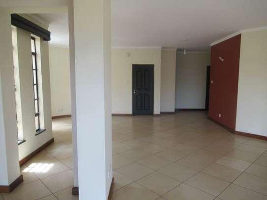 General Mathenge - Flat & Apartment image 8