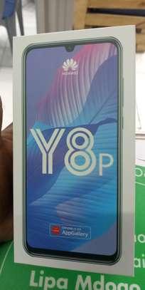 Huawei Y8p 128GB image 1