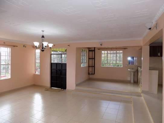 Two bedroom house  to let  in  Roysambu