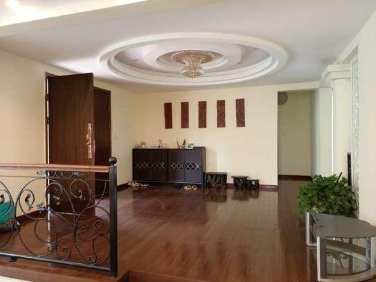 5 bedroom townhouse for rent in Runda image 9
