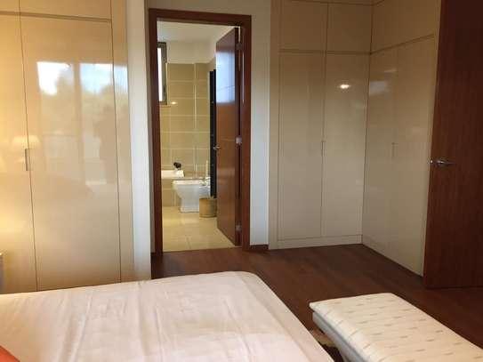 Furnished 3 bedroom apartment for rent in Parklands image 8