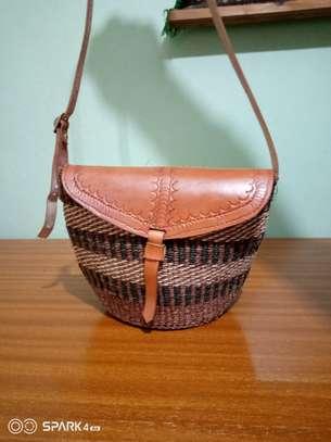 Stylish kiondo bags image 6