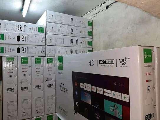 """Syinix 43"""" Smart Android TV."""