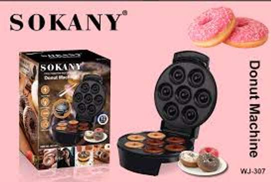 7 Slots Donut Maker image 3