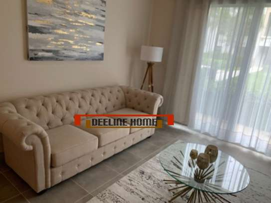 3 Seater Chesterfield Sofa image 5