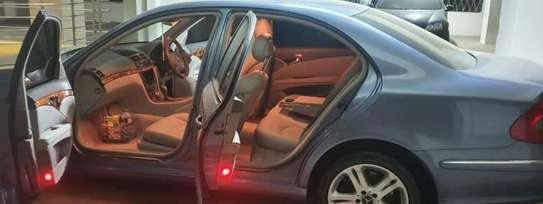 Mercedes-Benz E200 2003