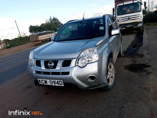 Nissan X-trail for Hire image 7