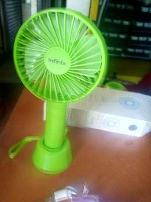 Green portable fan image 1