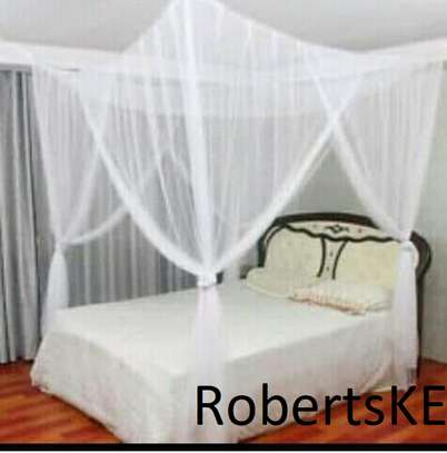 durable four stand mosquito net image 1