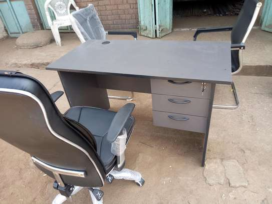 Office Desk and executiv Chair image 1