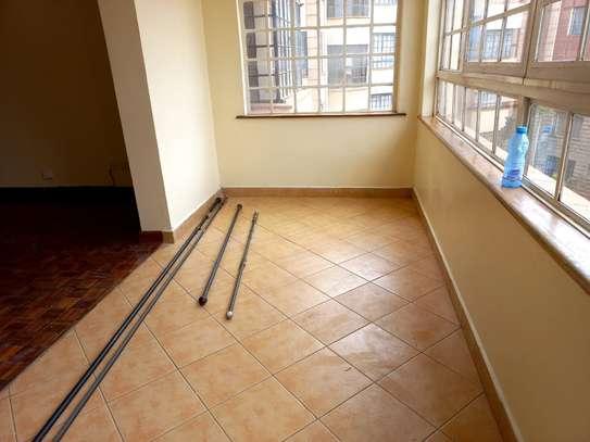 2 bedroom apartment for rent in Kileleshwa image 18
