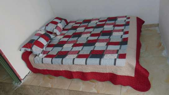 7 by 8 Bedcovers..4 pieces image 5
