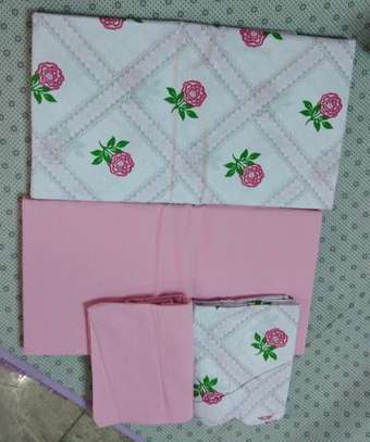 mix-match bedsheets image 11