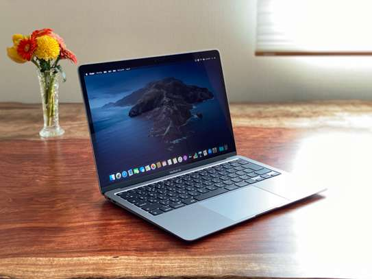 Macbook Air 2020  Intel Core i5 Processor (New) image 6