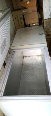 Big double door freezer image 3