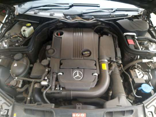 Mercedes Benz Coupe image 7