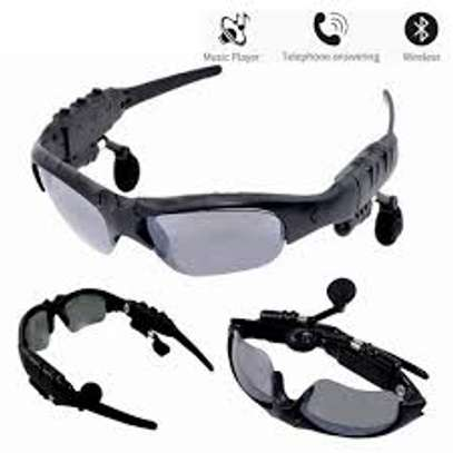 sunglasses with bt image 2