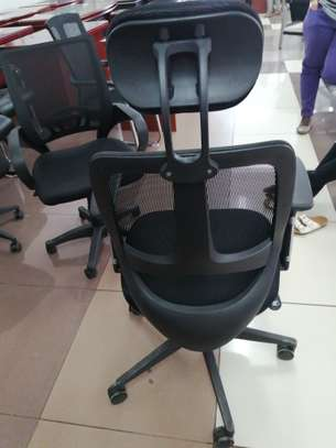 Office Chairs image 12
