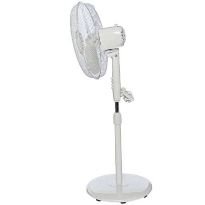 RAMTONS WHITE, STAND FAN, 3 SPEED- RM/260 image 1