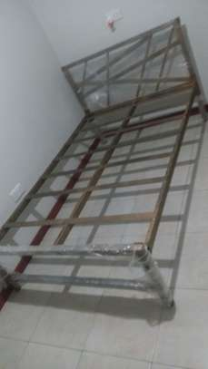 METAL FRAME BED WITH WOODEN FINISH FROM 3*6 TO 6*6 image 9