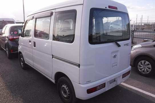 Daihatsu Hijet image 6