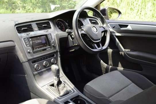 Volkswagen Golf 1.2Tsi image 9