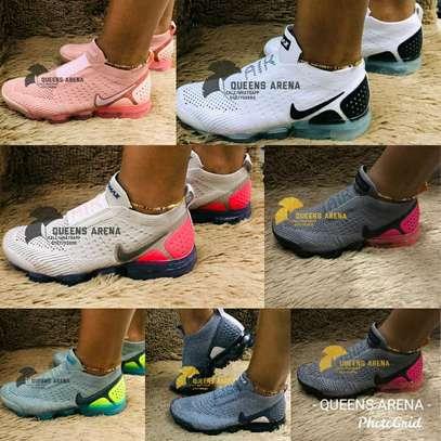 Nike Vapour Max image 12