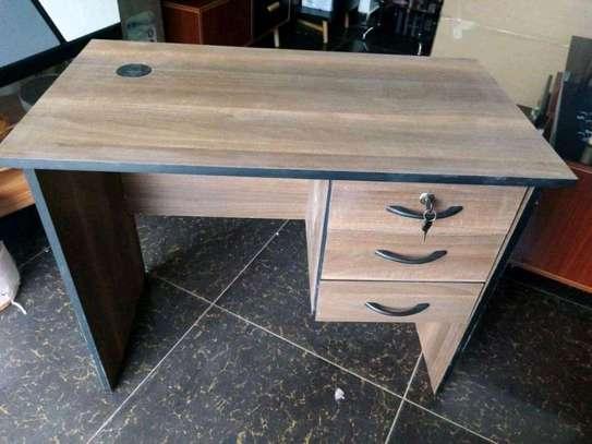 Elegant Office desks image 1