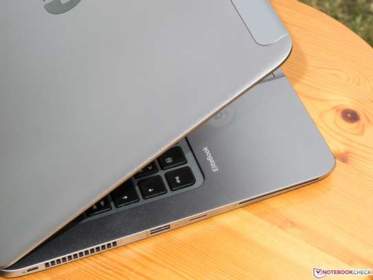 HP EliteBook Folio 1040 G2 -Intel Core i7-5600U 2.60 GHz 8GB RAM - 256GB SSD - Windows 10 Home 64-Bit image 3