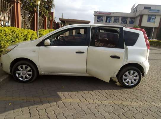 Nissan Note 2009 model on quick sale