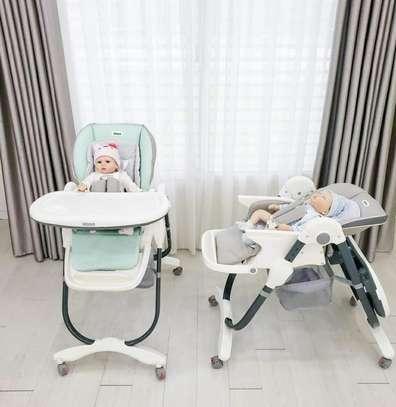 Baby feeding/high chair image 1