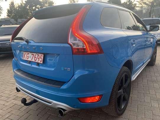 Volvo XC60 image 16