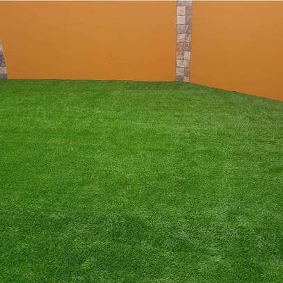 artificial grass carpet to withstand all weather condition image 5