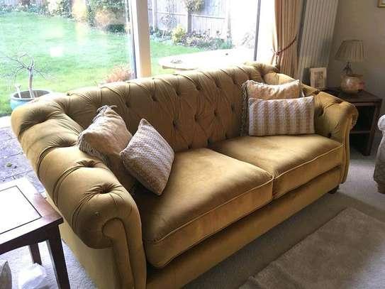 Modern sofas/modern tufted three seater sofa image 1