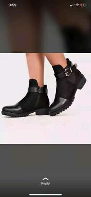 Highcut boots image 3