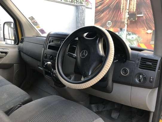 Mercedes-Benz Sprinter image 5