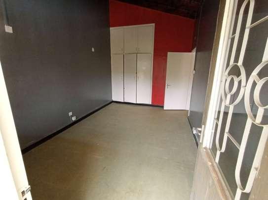 2300 ft² office for rent in Riverside image 7
