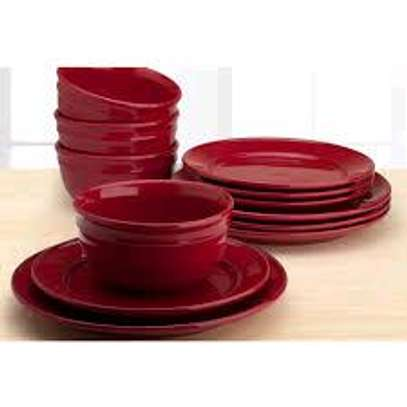 16 Pc Porcelain Dinner Set