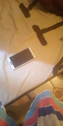 Samsung galaxy J7 image 3