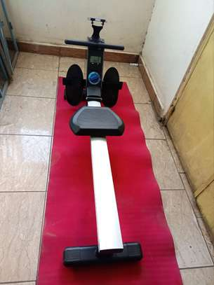 Rowing machine image 1